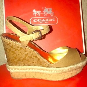 COACH Gwen Goat WEDGES- SIZE 8.5 - NEW NEVER USED